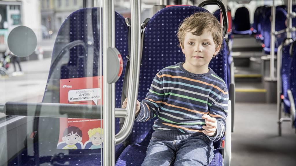 Der kleine Lino hat viel bewegt, dank ihm sind in den St.Galler Stadtbussen Kinderwunschplätze reserviert.