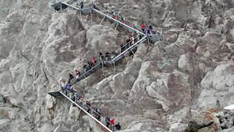 Stau auf fast 3000 Meter über Meer: Die Konkordiahütte ist nur über eine 150 Meter hohe Treppe erreichbar.