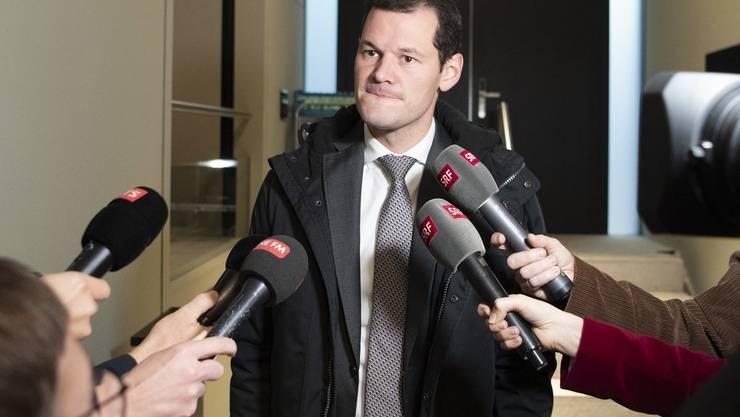 SRF-Mikrofone und Pierre Maudet: Er ist nicht zufrieden, wie er in einer Sendung dargestellt wurde.