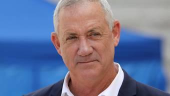 Nach dem Scheitern der Koalitionsverhandlungen zwischen der Partei des israelischen Ministerpräsidenten Benjamin Netanjahu und der Liste Blau-Weiss soll es nun Netanjahus Rivale Benny Gantz (Bild) richten.