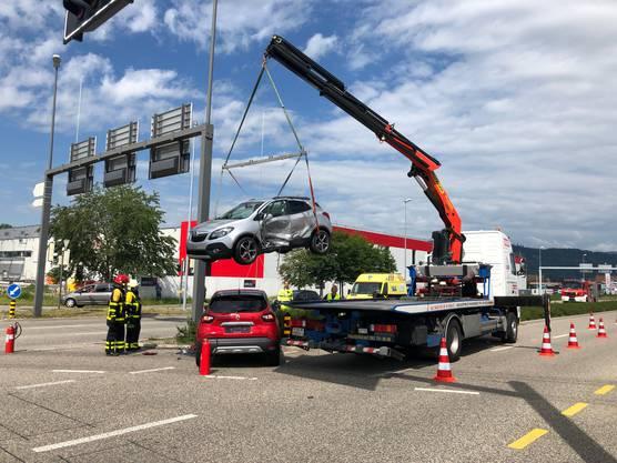 Beide Autos erlitten Totalschaden