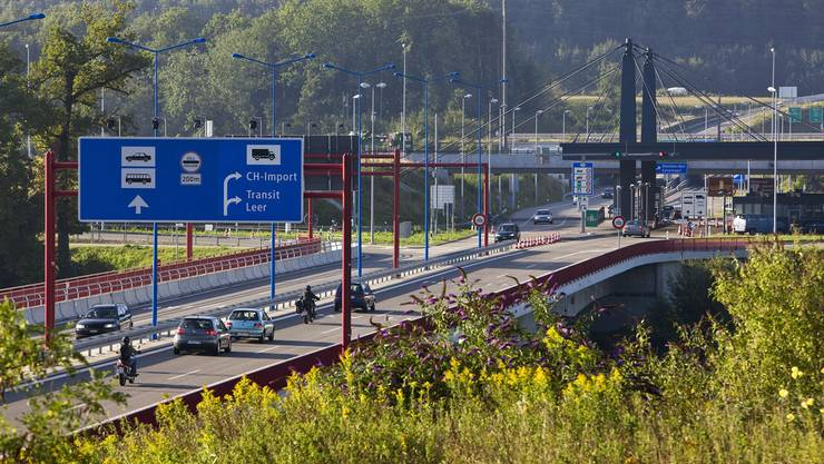 Das Autobahn-Zollamt Rheinfelden auf badischer Seite hat seine Bilanz für 2013 vorgelegt.
