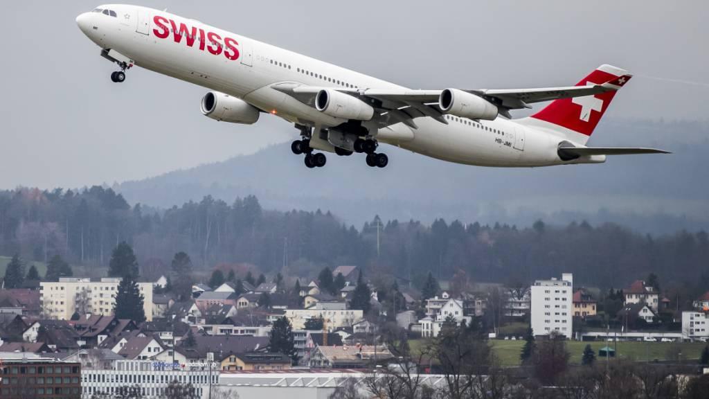 Die Swiss hat ihren Winterflugplan veröffentlicht. Ab Zürich werden 67 Ziele angeflogen, ab Genf 21. (Archiv)