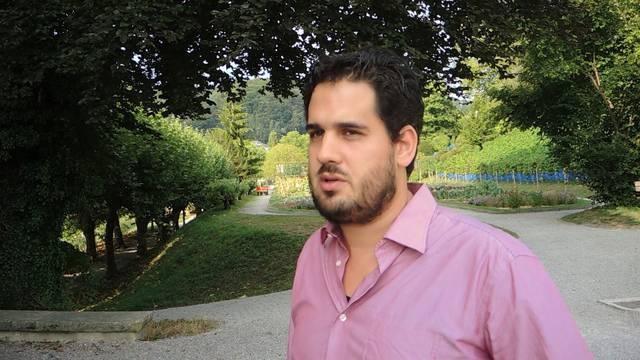 «Die Schüler wissen oft nicht, was mit ihren Daten geschieht»: Lehrer Philippe Wampfler zum neuen Medienkunde-Fach an der Kanti Wettingen.