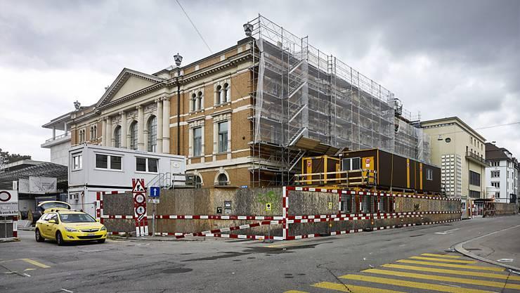 Kongresshaus und Tonhalle Zürich werden zurzeit instand gesetzt. (Archivbild)