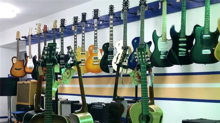 Gitarren-Liebhaber kommen am Fest auf ihre Kosten.