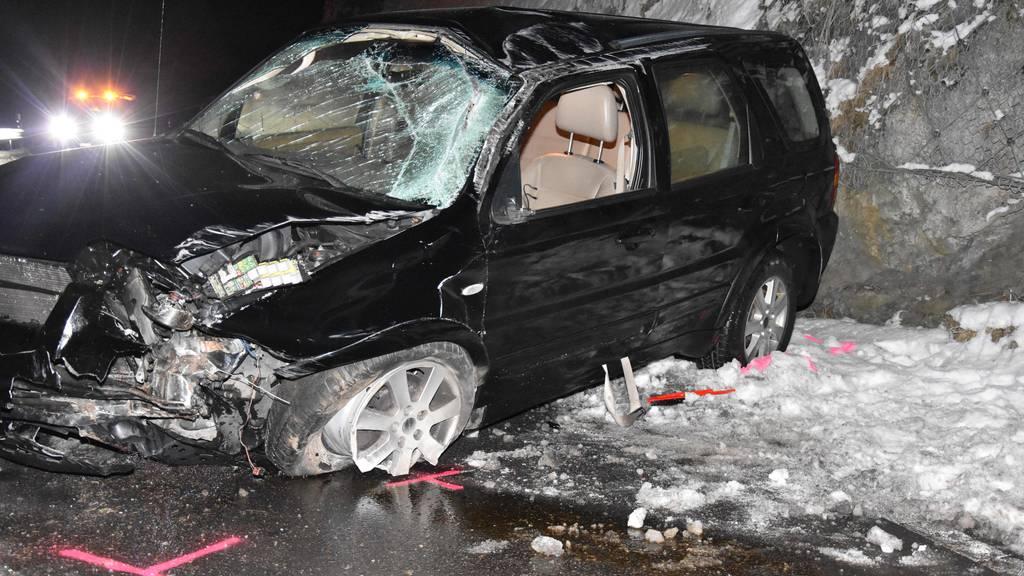 Nach diesem Crash ist ein 44-Jähriger seinen Führerschein los