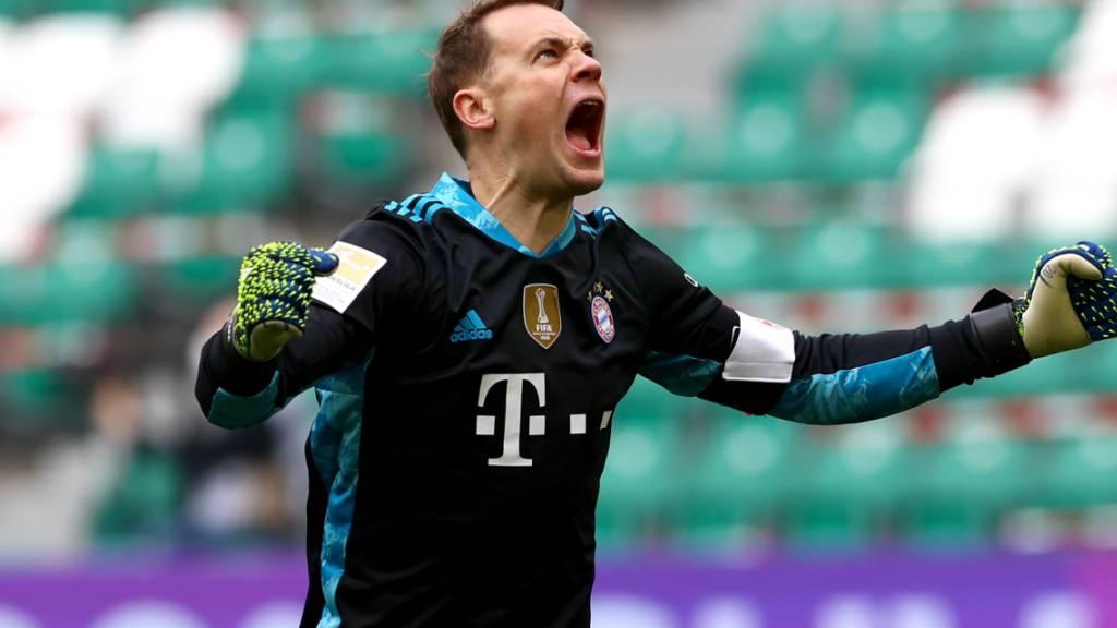 Bayern Münchens Goalie Manuel Neuer musste in der Kabine über den neunten Meistertitel in Serie  jubeln