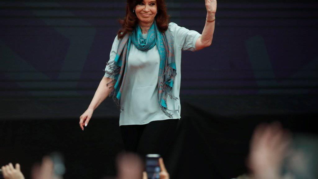 Argentiniens Ex-Präsidentin Cristina Fernandez de Kirchner kandidiert bei der Präsidentenwahl am 23. Oktober für das Amt der Vizepräsidentin. (Archivbild)