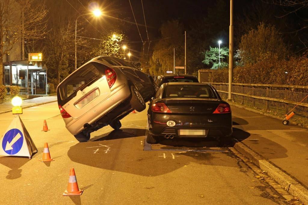 St.Gallen: Kurioser Unfall einer 77-Jährigen (© Stapo SG)