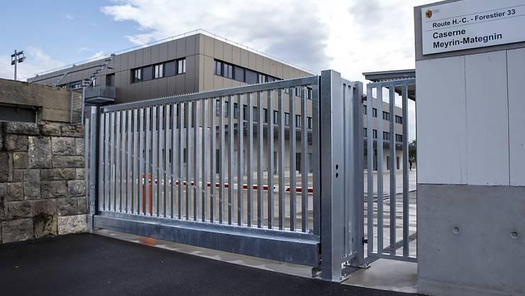 Kasernen und Armeegebäude systematisch mit Solarzellen bestücken: das ist ein Ziel der neuen Armeechefin Viola Amherd auf dem Weg zu einem klimafreundlicheren Verteidigungsdepartement. (Archivbild)