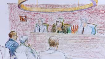 Illustration des Angeklagten im Zürcher Obergericht (links aussen)