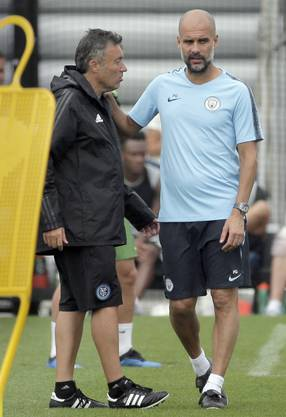 Pep Guardiola (r.) und Domenec Torrent.