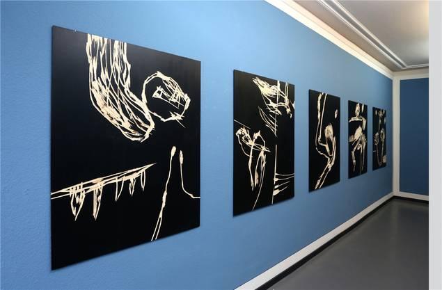 Max Hari: «Linientreu» übertitelt er diese fünf Holzschnitte.