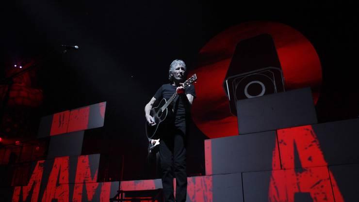 Endlich in Zürich: Roger Waters und die 30 Meter breite und 10 Meter hohe Mauer