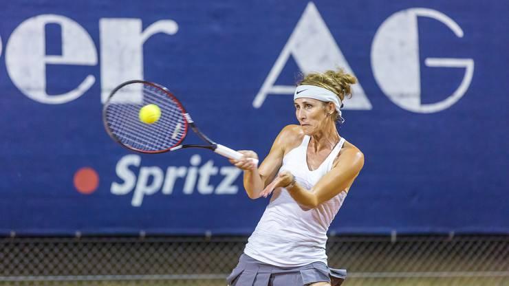 Beatrice Baumgartner-Ziegler (TC Rothrist), die Bronzemedaillen-Gewinnerin der Hallen Senioren Schweizer Meisterschaften, gilt als Titelanwärterin Nummer eins.