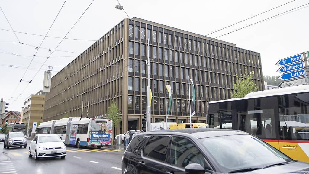 Das Zentrum von Kriens LU, das vom Durchgangsverkehr geprägt wird. (Archivaufnahme)
