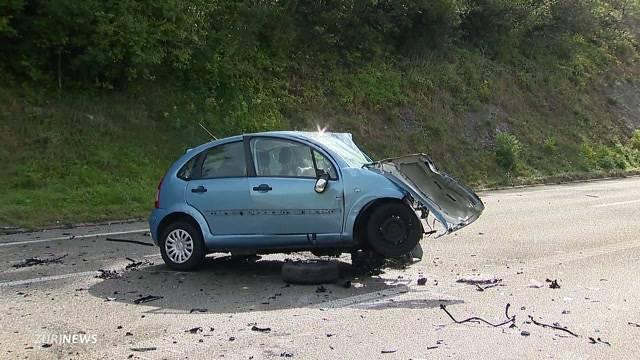 Zwei Tote bei Autounfall