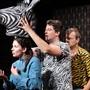Herdentiere, die manchmal etwas ausscheren: Barbara Heynen, Diego Valsecchi und Herwig Ursin auf der Tuchlaube-Bühne.