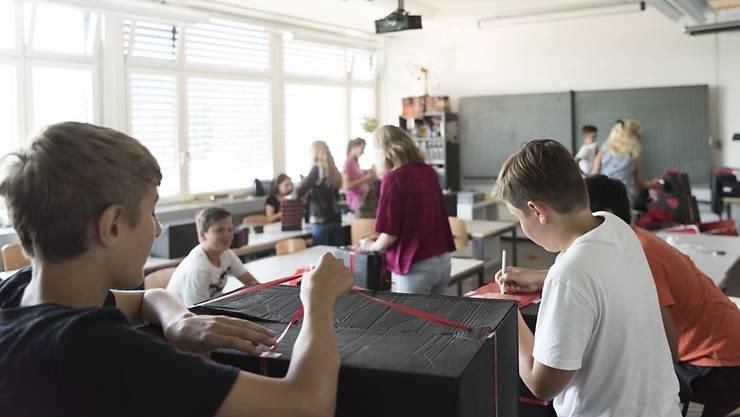 Die Stadt Zürich sieht die steigenden Schülerzahlen gelassen. (Symbolbild)
