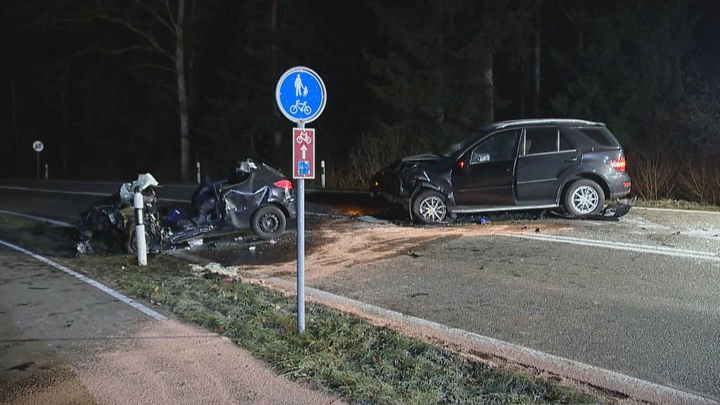 Frontalkollision fordert im Kanton Aargau fünf Verletzte