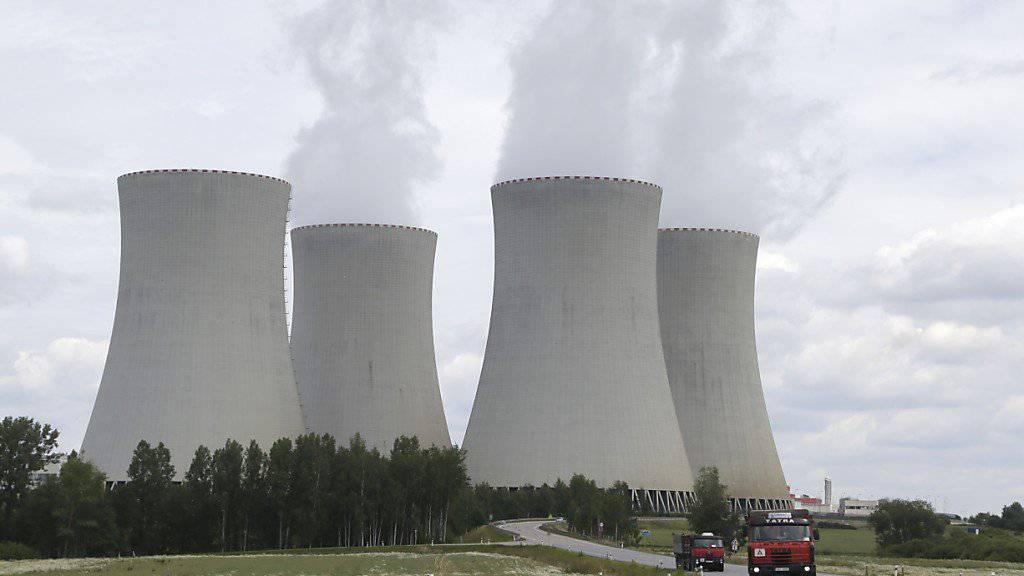 Kühltürme des Atomkraftwerks Temelin (Archiv)