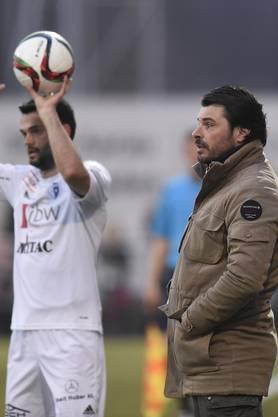 Trainer Ciriaco Sforza (rechts) mit Samir Ramizi (links, beide Wohlen).