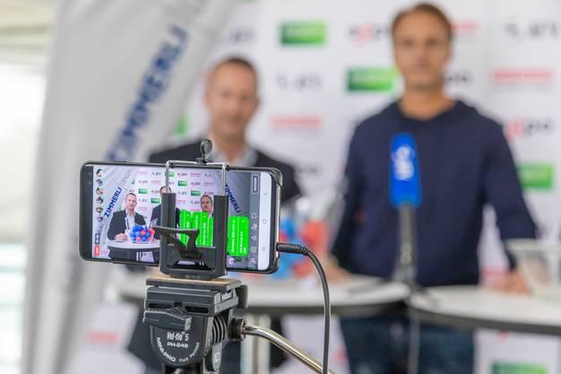 Die Auslosung wurde mit einem Handy gefilmt. Der Livestream wurde auf dem Facebook-Profil des AFV übertragen.