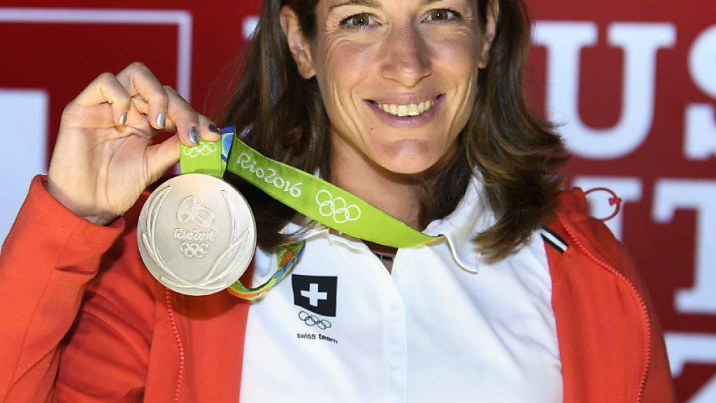 Nicola Spirig wurde begeistert im House of Switzerland empfangen