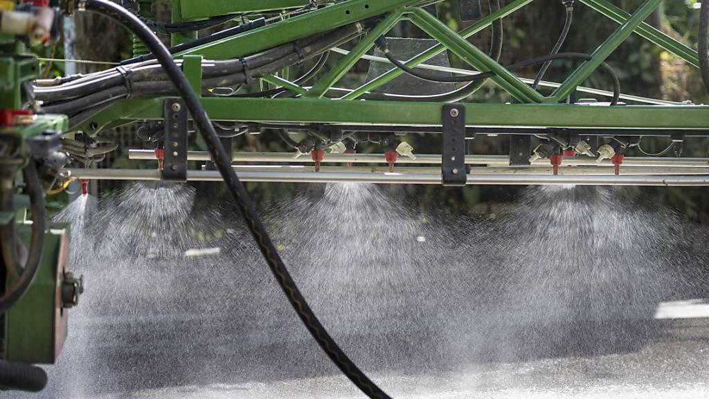 Initiativkomitee startet Abstimmungskampagne für Pestizidinitiative