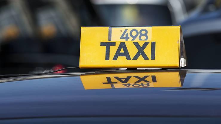 Im Taxi gabs eine Einsteigerlektion Surselvisch. (Symbolbild)