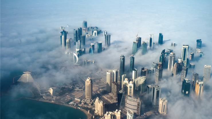Düstere Wolken ziehen auf über dem kleinen Golfstaat Katar: Seit gestern ist er fast auf sich alleine gestellt. Yoan Va0at/EPA/key