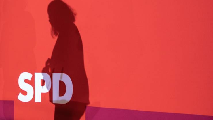 SPD-Chefin Andrea Nahles – oder besser: Der Schatten ihrer selbst.