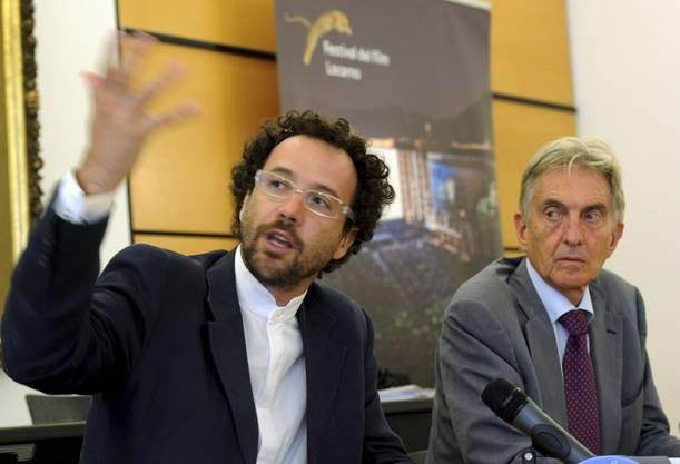 Tag eins als Festivaldirektor: Carlo Chatrian 2012 an der Seite von Festivalpräsident Marco Solari. Damals noch mit grossen Locken und schmaler Brille.