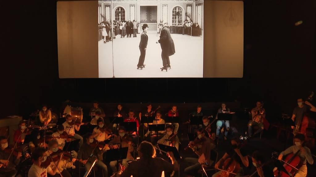 Grosses Kino: Das Siggenthaler Jugendorchester vertont live Charlie Chaplin Filme