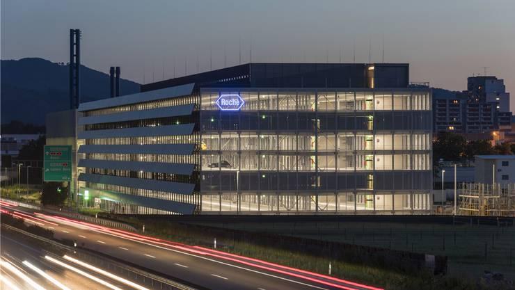 Ab 2014 hat Roche in Kaiseraugst für rund eine Milliarde Franken neue Gebäude hingestellt.So auch das Parkhaus Bau 253.