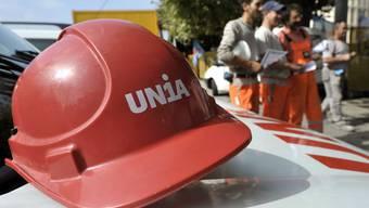 Baustopp wegen Arbeitskonflikt: Die Unia führt den nationalen rotesttag der Bauarbeiter an.