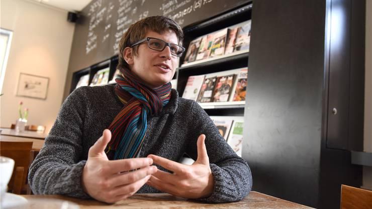 Am Montag wurde publik, dass der Basler SP-Grossrat Beda Baumgartner während seines Zivildiensteinsatzes bei der Stiftung Oekomedia Abstimmungskampf betrieben hat.