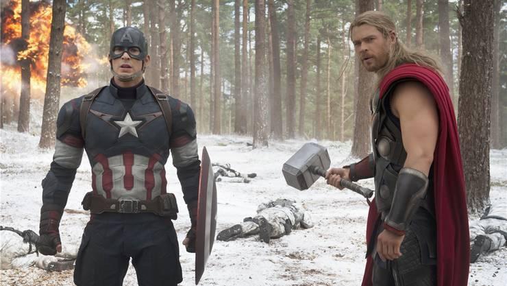 Captain America (gespielt von Chris Evans) und Thor (Chris Hemsworth) kämpfen in «Avengers: Age of Ultron» wieder Seite an Seite.Marvel Studios