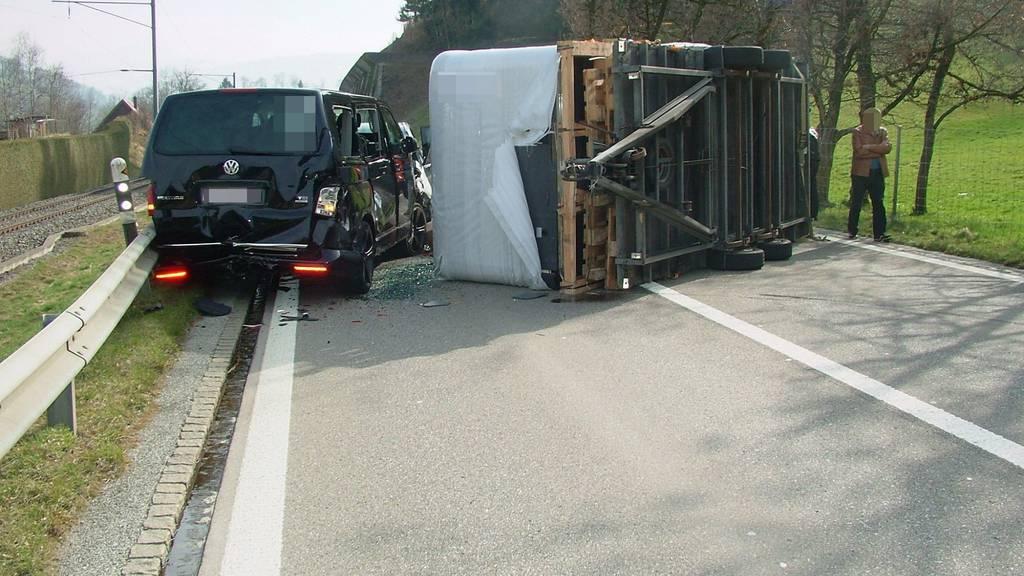 Am Mittwochnachmittag ereignete sich bei Lichtensteig eine Frontalkollision.