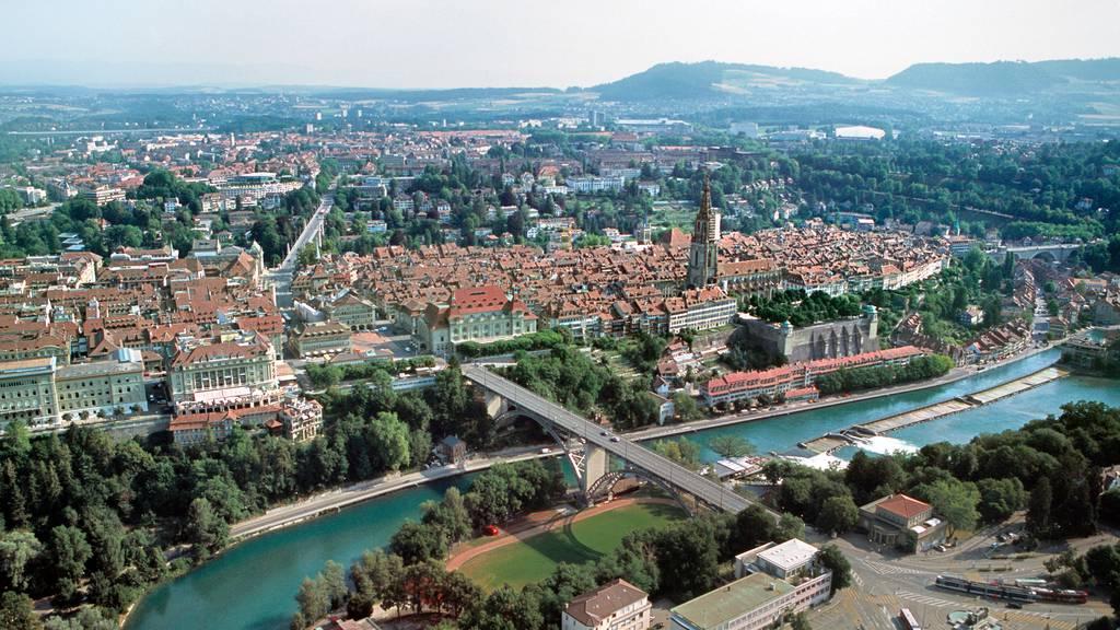Stadt Bern lanciert Stadtrundgänge per App für Blinde