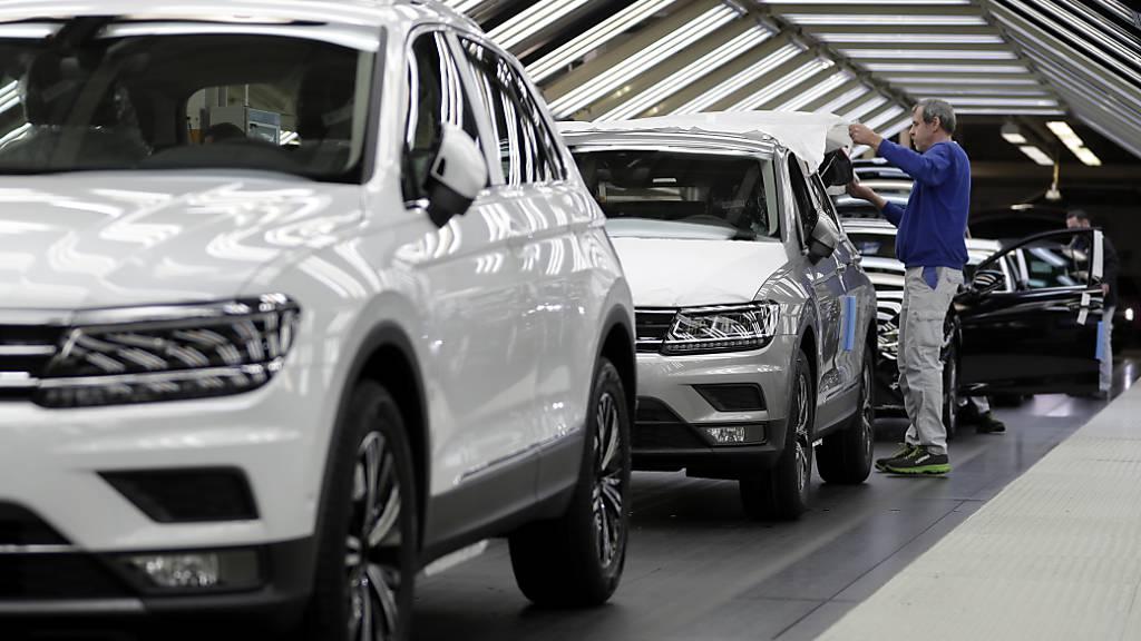 26'103 Fahrzeuge kamen im Oktober neu auf die Schweizer Strassen. (Symbolbild)