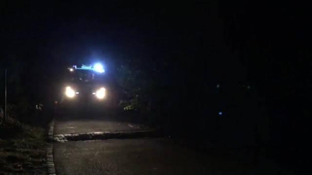 Inferno nach Party: Die Hauptübung der Feuerwehr Unterengstringen war ein Hingucker