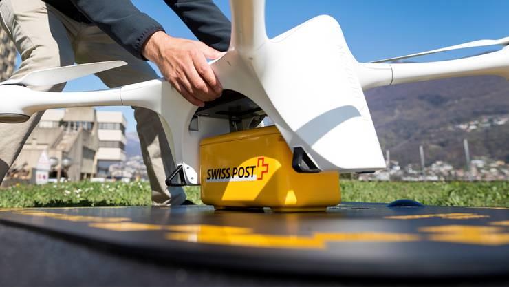 Bis die Absturzursache geklärt ist, bleiben die Drohnen für das Spital in Lugano und am Universitätsspital Zürich am Boden, wie die Schweizerische Post mitteilte.