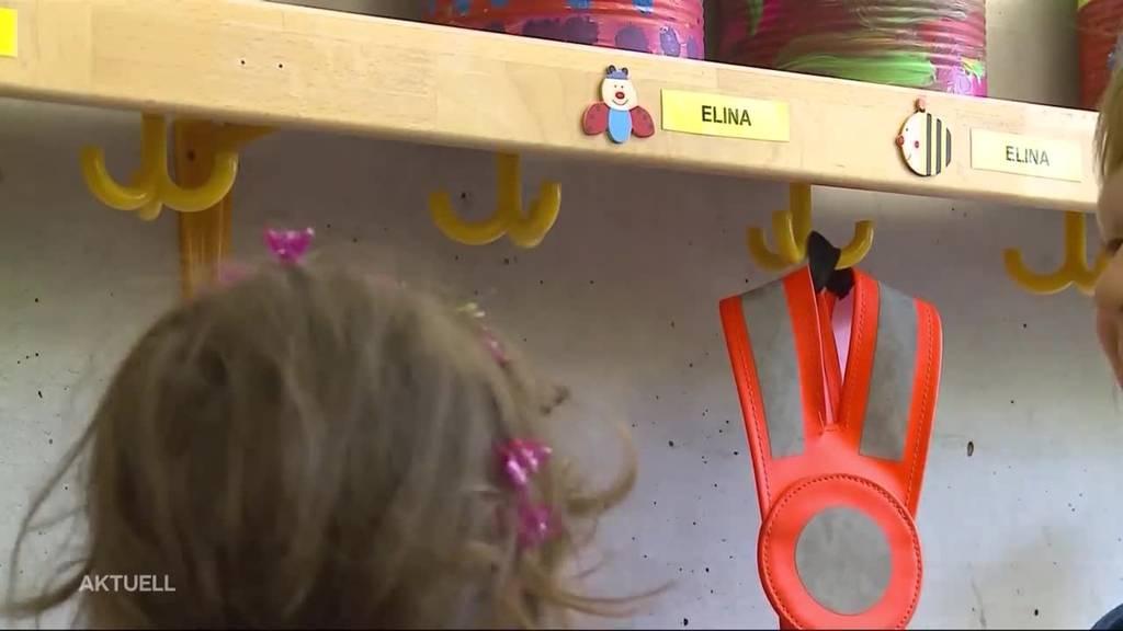 Wieder Leuchtdreieck statt Warnweste für Kindergärtler ?