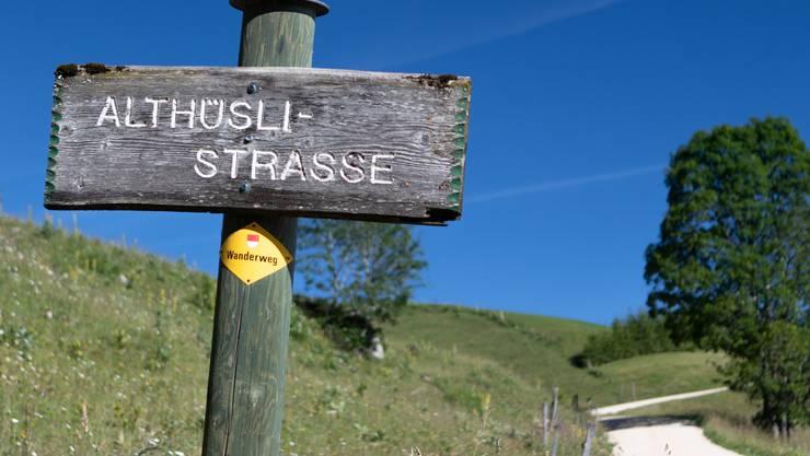 Die Althüsli-Strasse führt zum beliebten Berggasthaus.