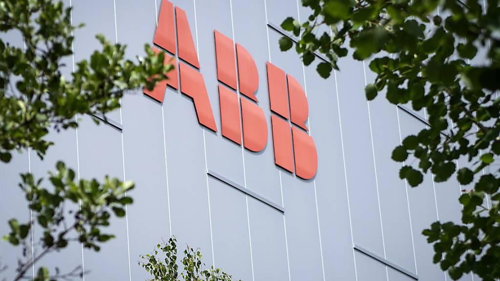 Der Konzern erzielte im dritten Quartal einen höheren Gewinn dank des Verkaufs der Stromnetzsparte: Gebäude von ABB in Zürich Oerlikon, aufgenommen im Juni 2018.