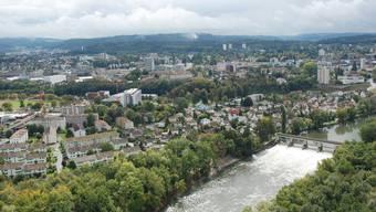Die Region Aarau verfügt über hohe Landschaftswerte und soll nicht weiter zersiedelt werden. To Die Region Aarau verfügt über hohe Landschaftswerte und soll nicht weiter zersiedelt werden.To