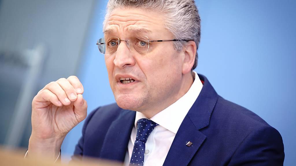 Lothar H. Wieler, Präsident des Robert-Koch-Institut während der Pressekonferenz zur Corona-Lage. Foto: Kay Nietfeld/dpa