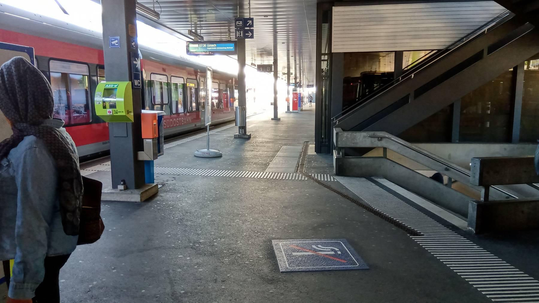 Am Bahnhof Herisau darf nicht mehr überall geraucht werden.